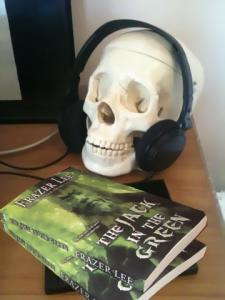 put some horror in yer headphones